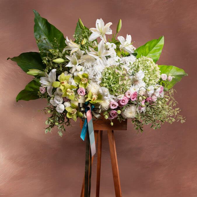 Odyssey Flower Stand