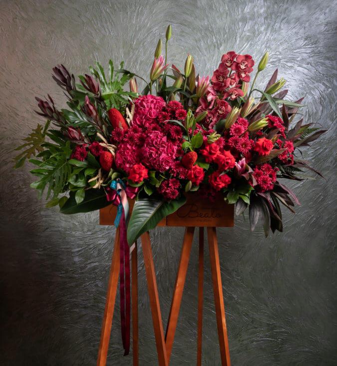 Vesuvius Flower Stand