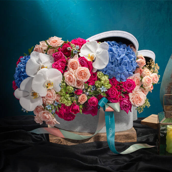 Mykonos Floral Giftstyling