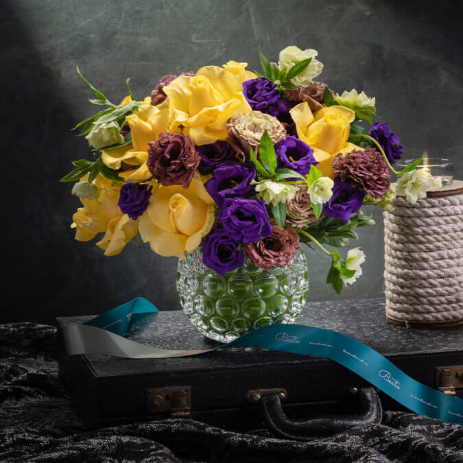 Aquila Floral Styling in Vase