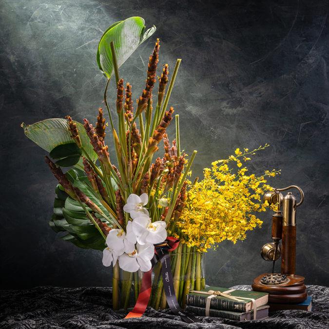 Lyra Flora Styling in Vase